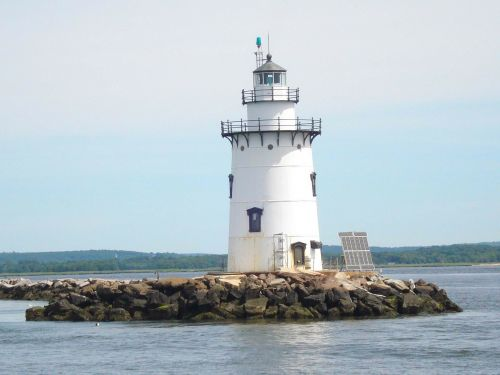 lighthouse long island sound environmentally friendly