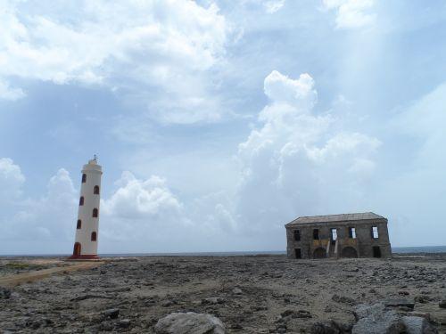 lighthouse bonaire abandoned house
