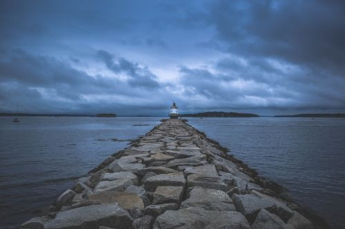 lighthouse pier maine