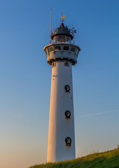 lighthouse tower coast
