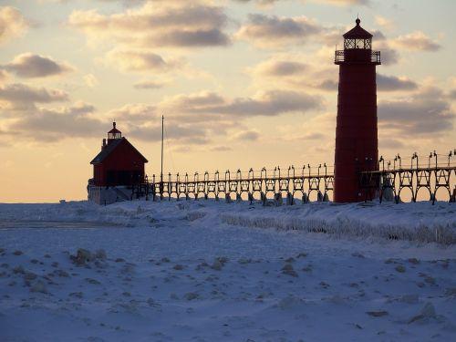 švyturys,žiema,ledas,švyturys,šviesa,kranto,pakrantė,jūrinis,orientyras,navigacija,sušaldyta,pakrantės,saugumas,vadovavimas,jūrų,ežeras michiganas