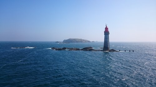 lighthouse  beacon  st malo
