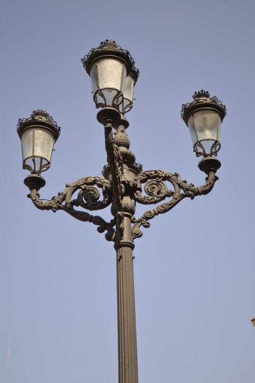 lights illuminate lamppost