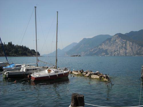 limone sul garda lakeside sailing boats