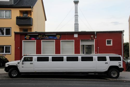 limousine stretch limo lobster