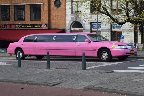 limousine  car  means of transport