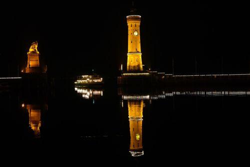 lindau port lighthouse