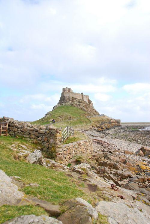 lindisfarne castle northumberland
