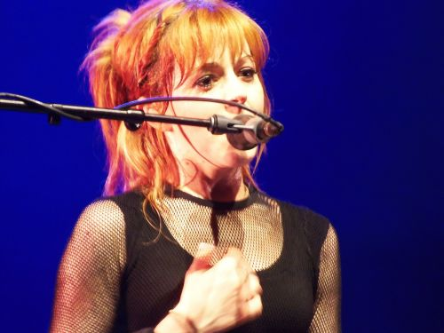 lindsey stirling talented young