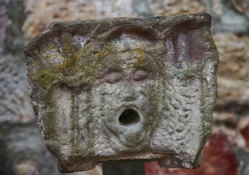 lion lion head sand stone