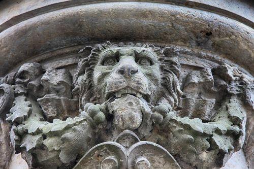 liūtas,skulptūra,akmens figūra,akmens skulptūra,statula,figūra,roko drožyba,gyvūnas,karališkasis liūtas,menas,paminklas,akmuo,meno kūriniai,kultūra,paminklai,paminėti,fontanas,karo memorialas,atmintis,pasaulinis karas,memorialinis akmuo,herojaus paminklas,karas,naudai,memorialinis priminimas,atsiminimai,korbachas