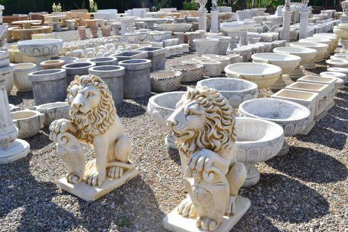 lion stone lion vase