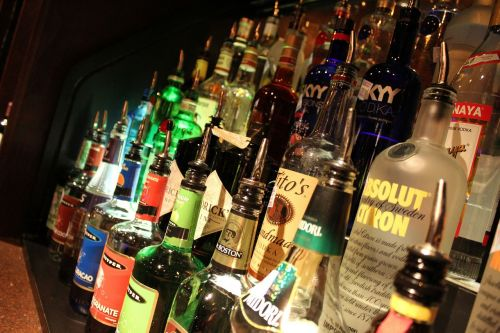 liquor alcohol bar