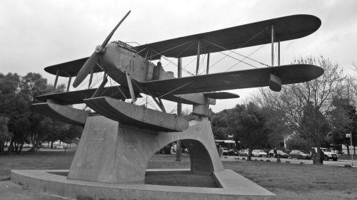 lisbon monument portugal