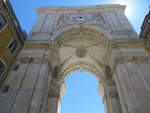 lisbon arch city centre