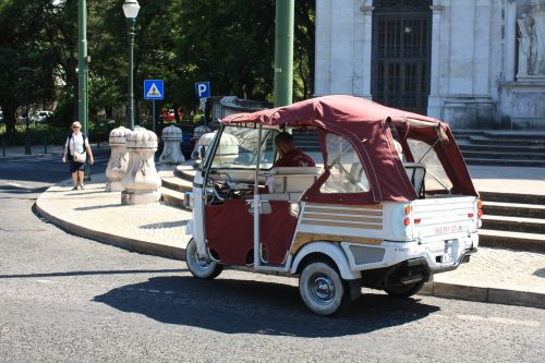 lisbon truck vintage