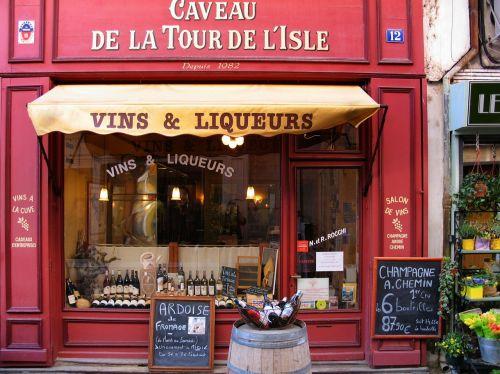 l'isle-sur-la-sorgue wine and liqueur music
