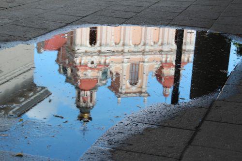 lithuania vilnius mirroring