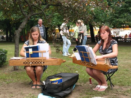 lithuania music street musicians