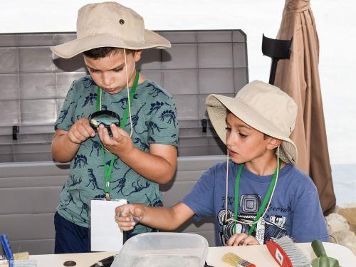 little archaeologists explorers education