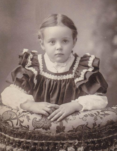 little girl vintage kid