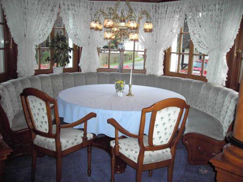 living room seating arrangement cozy