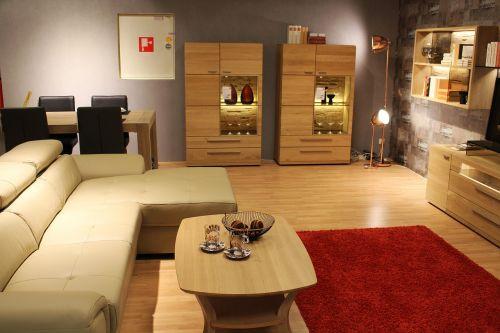 living room facilities live
