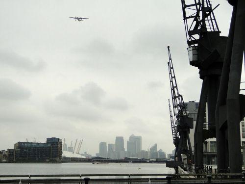 loading crane cranes port
