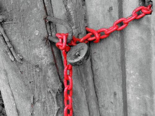 lock red chain
