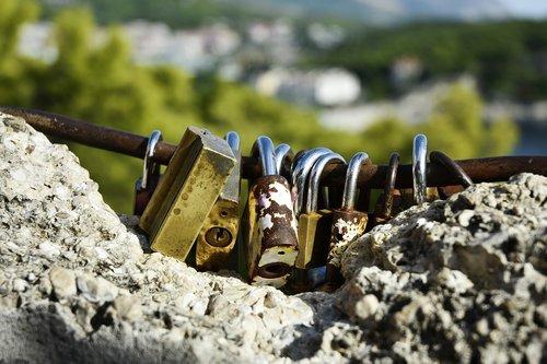 lock  old lock  wedding lock