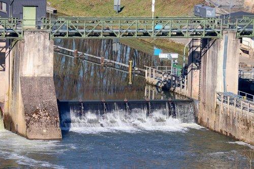 lock  weir  dam