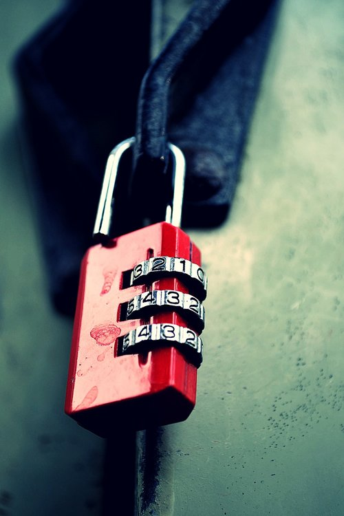 lock  red  key