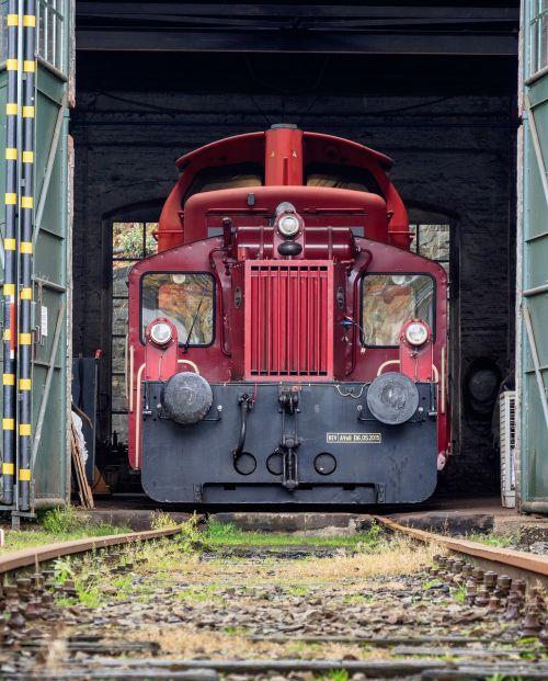 lock rail locomotive lock the shed