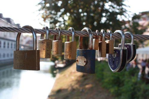 locks love love locks