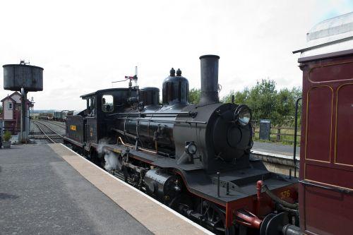 locomotive 376 norwegian kent east sussex railway northiam station