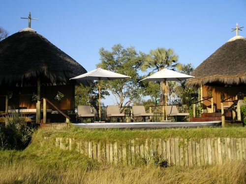 lodge camp safari