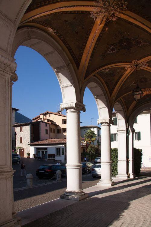 loggia villa architecture