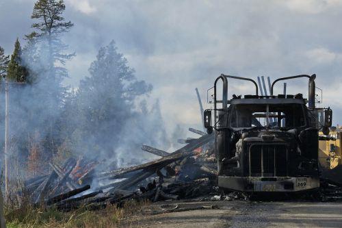 logging truck road