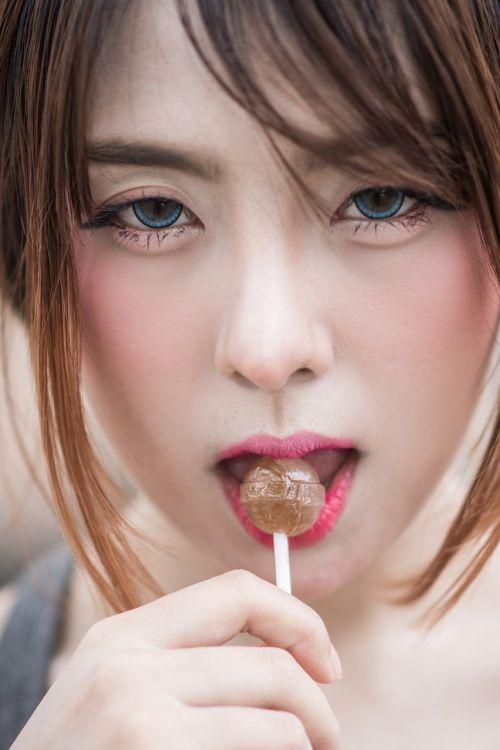 lollipop lady smile eyes atsugi kanagawa