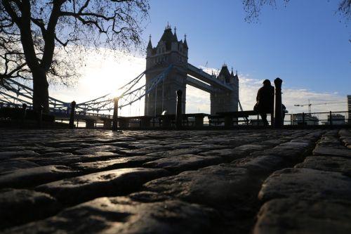 london tower bridge places of interest