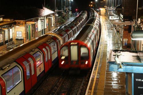 london underground trains epping
