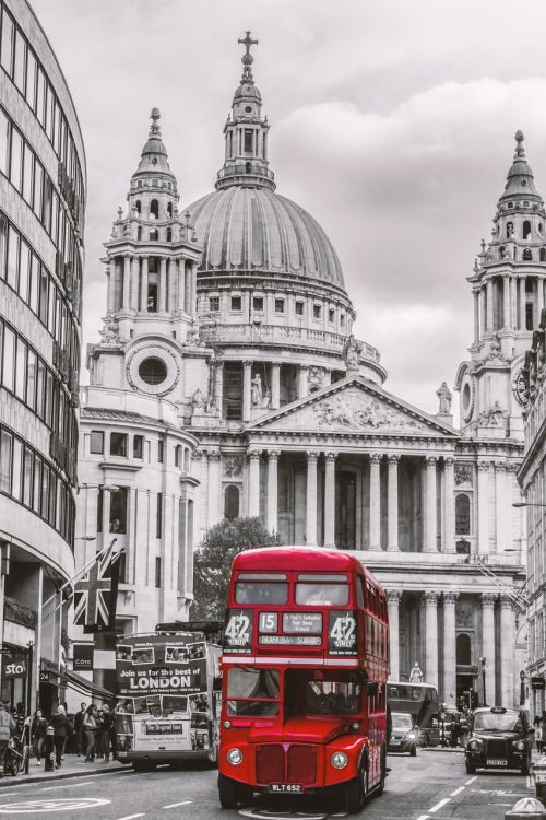 london bus st paul's