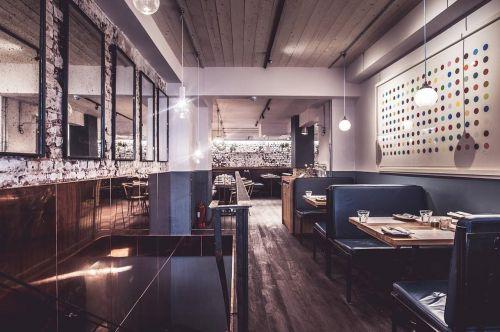 london bar hopping travel