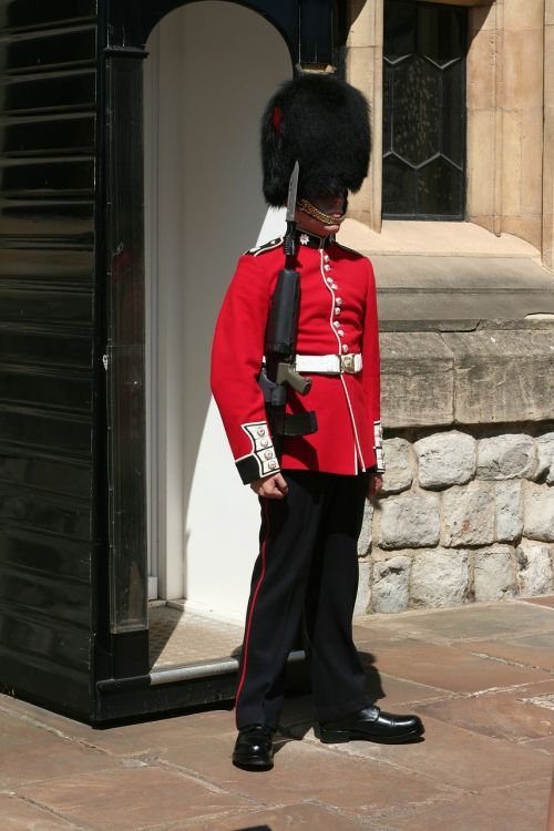 london tower of london bobby