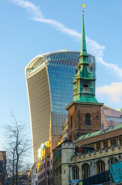 london walki-talkie skyscraper