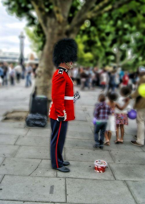 london guard buckingham
