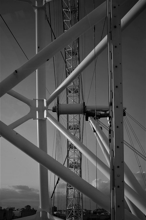 london eye  detail  bw