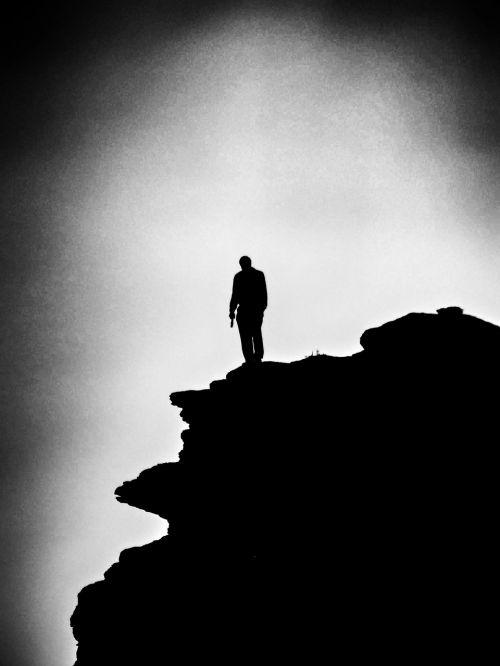 vienišas,vienas,vyras,Rokas,stovintis,juoda ir balta,b w,tamsi,liūdnas,depresija,solo,kalno viršūnė,žmonės,vienišas,vienas,individualus,tik,asmuo,vienišas,keistas,dramos,dramatiškas