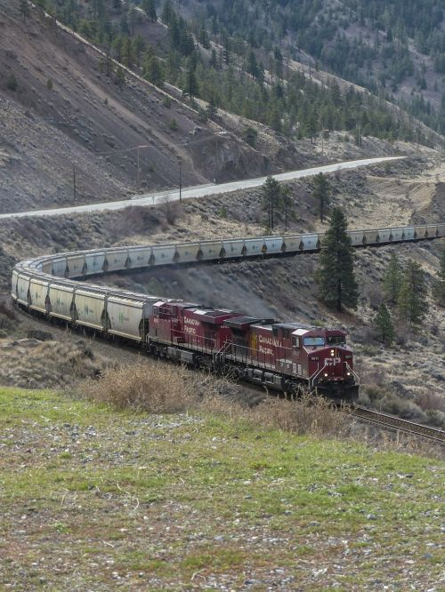 long train locomotive