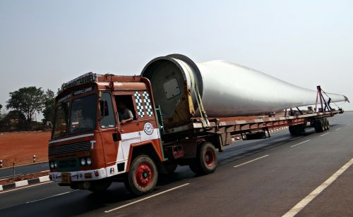 long vehicle wind turbine blade blade